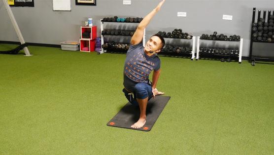30 Minute Online Yoga Stretch session super stretch